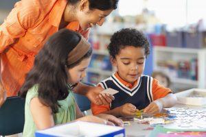 Temukan Shadow Teacher yang memahami karakter siswa bersama kami
